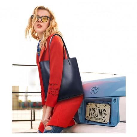 f4d33b3cb05ab Granatowa skórzana torebka typu shopper z odpinanym osobnym organizerem. -