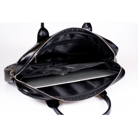 27e088b916375 ... W oryginalnym londyńskim stylu skórzana torba na laptopa. Wykonana z  lekko postarzonej skóry naturalnej co ...