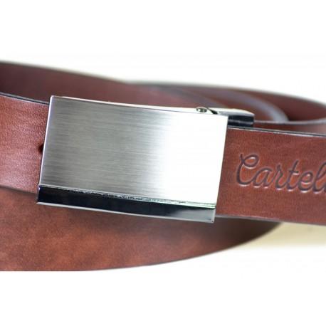 Dobrze prezentujący siębrązowy skórzany pasek męski o szerokości 3cm z stalową klamrą idealnie pasujący do spodni garni