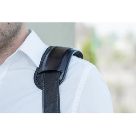 Klasyczny uniwersalny skórzany pasek do torby na ramię w kolorze czarnym o szerokości 40mm. Pasek na ramię jest szeroki