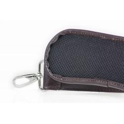Klasyczny uniwersalny skórzany pasek do torby na ramię w kolorzeciemnym brązowym o szerokości 40mm. Pasek na ramię jest