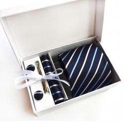Zestaw dla eleganckiego mężczyzny - Krawat z spinką, poszetkaoraz spinkido mankietów. -