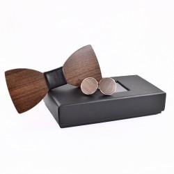 Dodająca charakteruoraz pozwalająca się wyróżnić w tłumie mucha drewnianaw zestawie z spinkami. -
