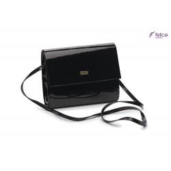 Elegancka czarna damska kopertówka F14, która jest totalnym MUST-HAVE każdej eleganckiej kobiety. Idealnie dopełnia każd