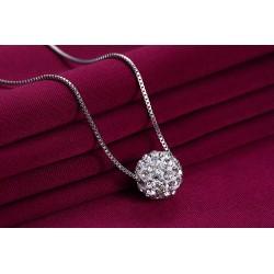 Błyszczący naszyjnik damski wykonany z srebra 925 z cyrkoniami -