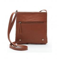 Jasno brązowa skórzana listonoszka damska z kieszonką z przodu torebki. -
