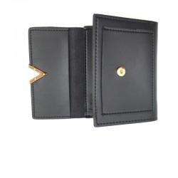 Elegancki mały czarny skórzany portfel z stylowym zamknięciem w kształcie litery V -