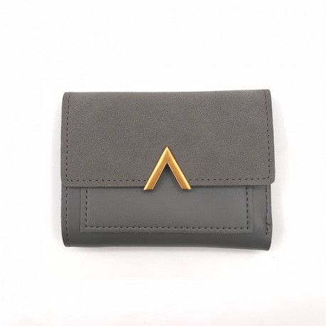 9d98646817728 Elegancki mały skórzany portfel z stylowym zamknięciem w kształcie litery V  -