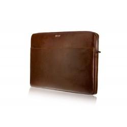 Skórzane etui zmieści laptopa o wymiarach: 32,7cm x 23cm x 1,2cm. -