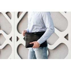 Bordowy solidny pokrowiec na laptopa 15 cali SA24A - elegancki dodatek dla chcącej ochronić swój laptop przed uszkodzeni