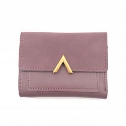 Elegancki mały skórzany portfel z stylowym zamknięciem w kształcie litery V -