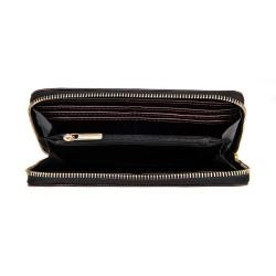 Skórzany zasuwany portfel damski brązowy P01 to szeroki i pojemny damski skórzany portfel zamykany na zamek. Wygoda w uż
