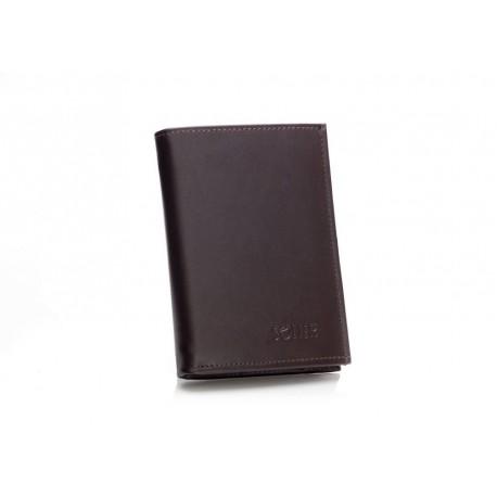 Bardzo pojemny skórzany portfel męski dostępny w kolorze brązowym i czarnym. Pomieścisz w nim wiele kart kredytowych, do