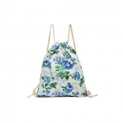 Lekki damski plecak na sznurkach w niebieskie kwiaty -