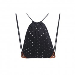 Czarny materiałowyworek - plecak na sznurkach w białe kropki. -