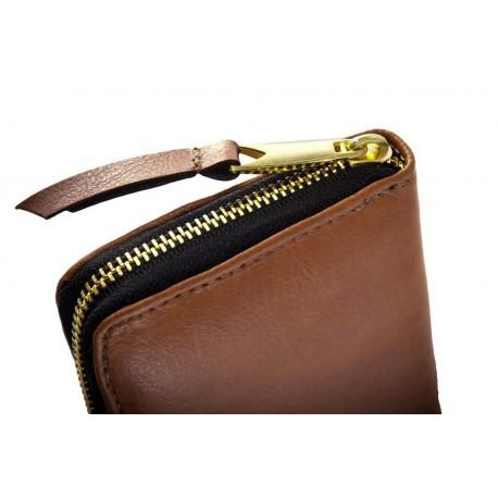 Klasyczny, kobiecy i funkcjonalny damski portfel wykonany z najwyższej jakości skóry naturalnej. -