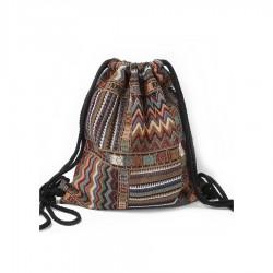 Damski duży pleciony worek aztec na sznurkach to wyjątkowy i unikalny dodatek każdej stylizacji. -