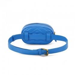 Elegancka skórzana damska saszetka - nerka w kolorze niebieskim -