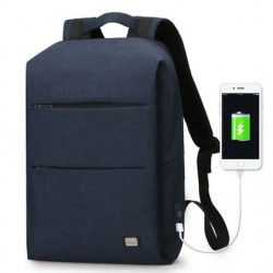 Minimalistyczny plecak męski na laptopa 15,6 cali w kolorzegranatowym z wodoodpornego materiału. -