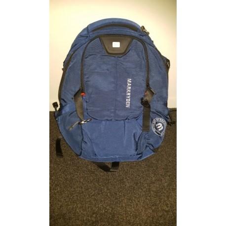 e140fa63f3adb Sportowy pojemny plecak męski w kolorze granatowym