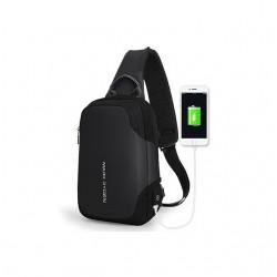 Mały męski plecak - saszetka na ramię w kolorze czarnym i z wygodnym portem USB do ładowania telefonu. Posiada dwie stro