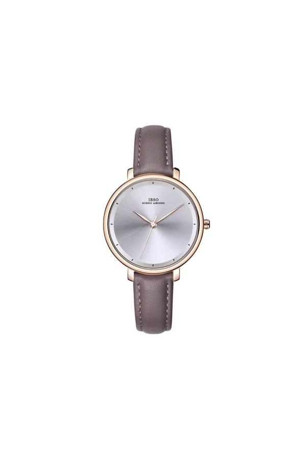 Modnydamski zegarek na pasku z tarczą i skórzanym paskiem w kolorzebrązowym oraz kopertą w kolorze złotym. -