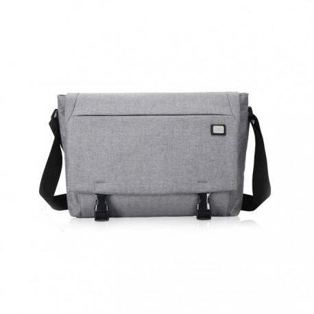 a36c31e6e9cdc Szara klasyczna torba na laptopa wykonana z wodoodpornego materiału w stylu  minimalistycznym. Idealna torba na