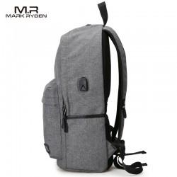 Klasyczny modny i wygodny plecakdamski w kolorze szarym wykonany z wytrzymałego wodoodpornego materiału. Plecak jest le