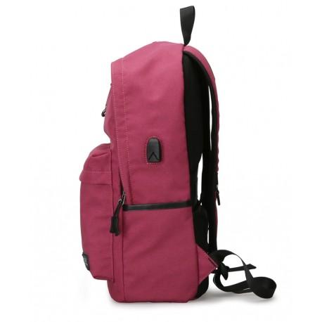 4eb91450299fc Plecak  Klasyczny modny i wygodny plecak damski w kolorze różowym wykonany  z wytrzymałego wodoodpornego materiału.