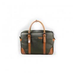 Męskazielona - oliwkowa torba na ramię idealna do pracy lub studia. Zmieścisz w niej laptopa do 15.6cali lub podręcznik