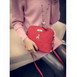 Damskaczerwona torebka pikowana z jelonkiem. -